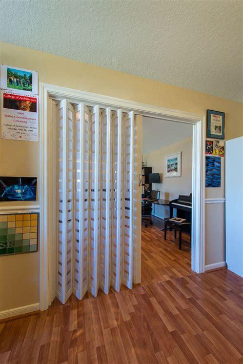 Accordion Doors Com Is The 1 Internet Supplier Of Accordion Room Divider