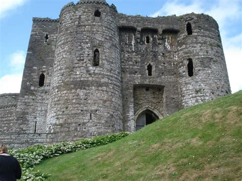 the curtain wall castle with round towers judith arnopp historical novelist cydweli castle castles