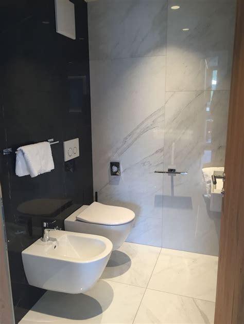 Badezimmer Fliesen Marmoroptik by Die Besten 25 Badezimmer Fliesen Ideen Auf