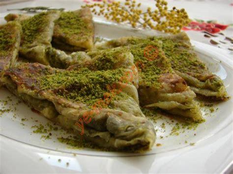 beyran orbas gaziantep resimli ve pratik nefis yemek fıstıklı katmer tarifi nasıl yapılır resimli yemek