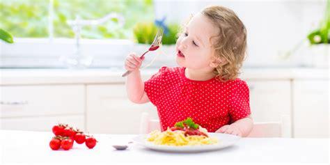 mal di testa e vomito bambini acetone nei bambini i sintomi le cause e la lista degli