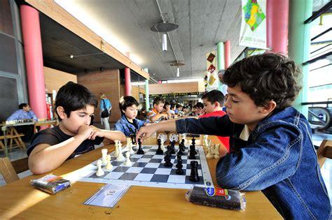 imagenes niños jugando ajedrez el ajedrez como pedagog 237 a al servicio educativo espa 241 ol