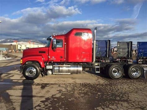 mack trucks for 2017 mack chu613 sleeper truck for sale