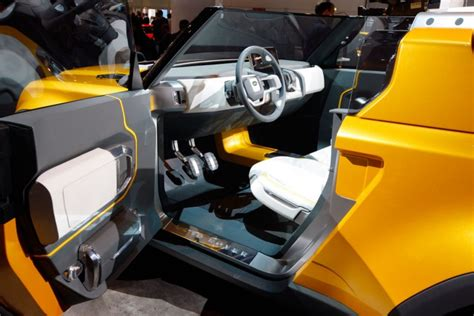 land rover dc100 interior land rover dc100 and dc100 sport concepts car body design