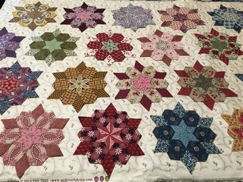 Hexagon Patchwork Projects - 892 best images about paper pieced quilts on