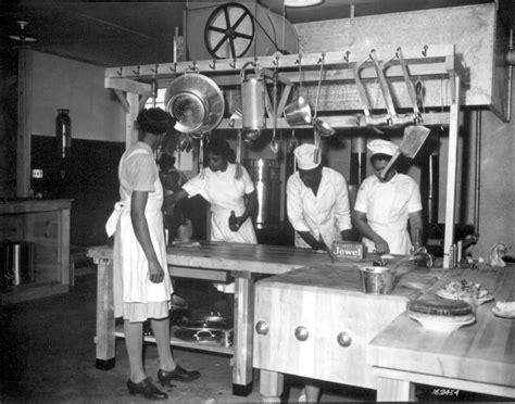 african americans in world war ii wacs pictures of african americans during world war ii women