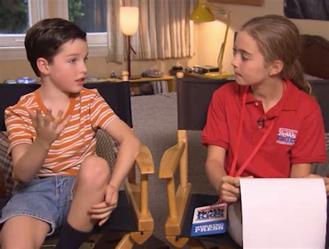 Reporters Notebook September 2014 Episode by On The Set Of Sheldon Kid Reporters Notebook Scholastic Inc