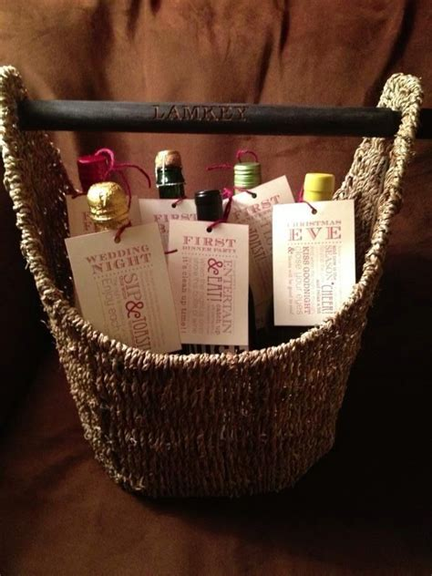 wedding gift ideas for the newlyweds awesome wedding gift idea thirty one basket with the