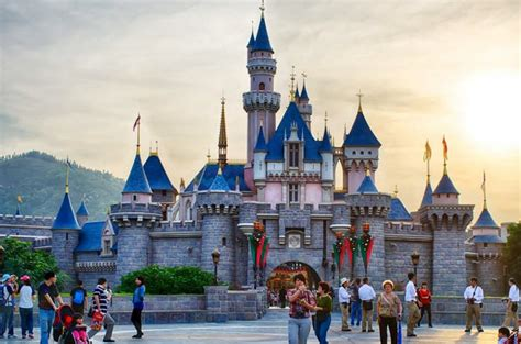 hong kong discover hong kong disneyland one of the best