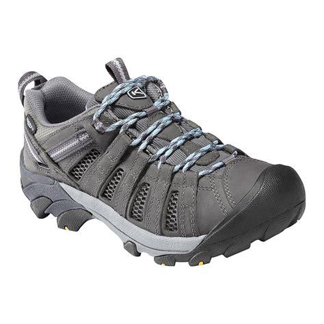 keen s voyageur hiking shoe
