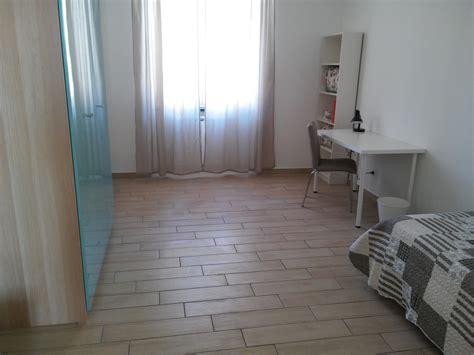 affitto mobili affitto stanza 20 mq in appartamento di 110 mq appena