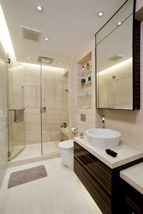 Narrow Bathrooms by 15 Best Ideas About Narrow Bathroom On Small