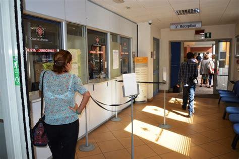 ufficio polizia municipale polizia municipale l ufficio cassa cambia orario gonews it
