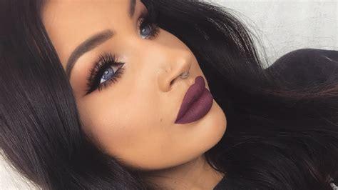 makeup dark modern renaissance fall look with