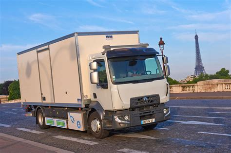 the electric renault truck d on the streets of