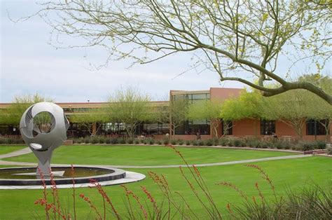Mba Thunderbird School by Top B Schools For Mba Pay Bloomberg