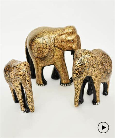 designboom elephant muughl m 226 ch 233 s wood and papier m 226 ch 233 elephants by indian