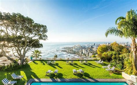 cape town holidays  guide    areas  hotels