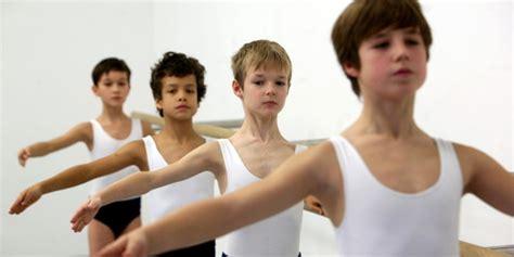 fkk bilder jungs boys kids who photo sozialforscher 252 ber jungenpolitik quot mit jungs reden quot taz de