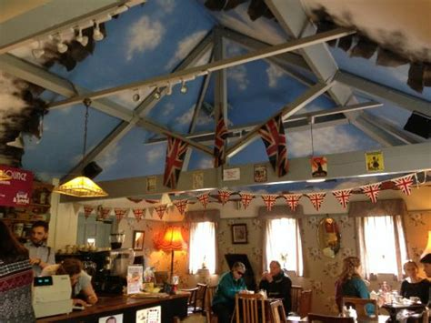 room blitz great picture of the blitz tea room and jazz lounge kettering tripadvisor