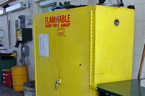 what should be stored in a flammable storage cabinet what should be stored in a flammable storage cabinet