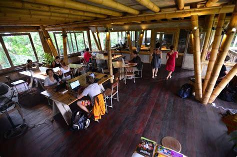 Mesin Kopi Nomad kerja sambil liburan di bali co working spaces mldspot