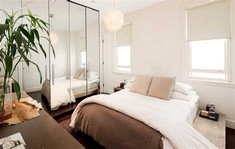 Cermin Kamar Tidur 6 ide brilian mengakali kamar tidur kecil arsitag