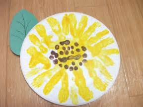 Easy Halloween Crafts Kids - preschool crafts for kids easy paper plate sunflower craft