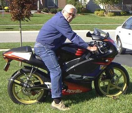 50ccm Motorrad Rs 50 by Kosten Einer Lackierung F 252 R Eine Aprillia Rs 50 Mofas