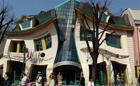 panoramio photo of the crooked house panoramio photo of krzywy domek w sopocie crooked