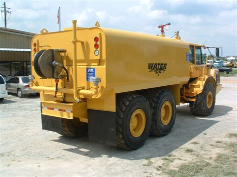 volvo highway trucks diversified fabricators inc off road water tankers