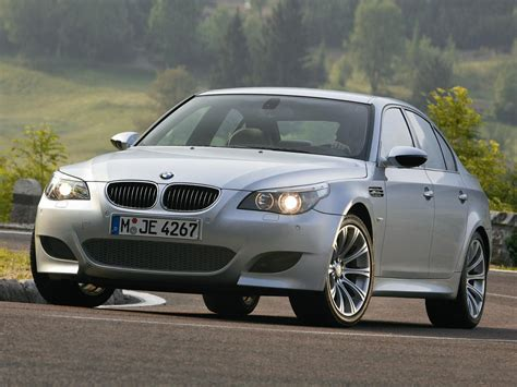 bmw m5 e60 photos photogallery with 43 pics carsbase