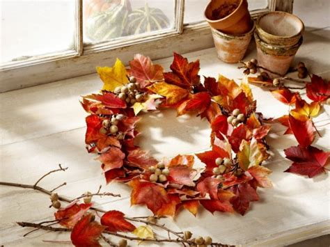 fall decorations diy 21 diy thanksgiving decorations and centerpieces savoring