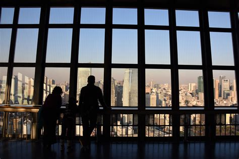 tokyo observation deck tokyo tower an enduring tourist landmark the japan times