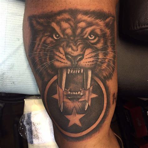 nashville tattoo realistic black and gray nashville predators pride