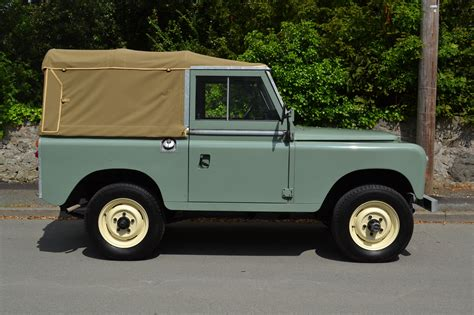 land rover series 3 land rover series 3 88 quot 1980 pastel green top