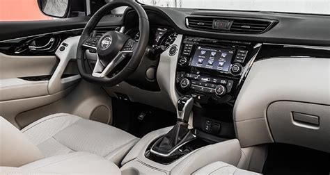 nissan rogue sport interior 2017 nissan rogue sport preview consumer reports