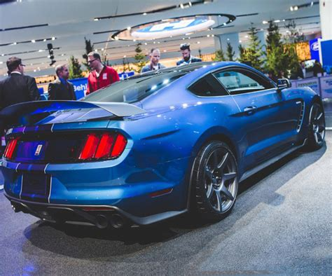 2017 shelby gt500 price specs interior release date