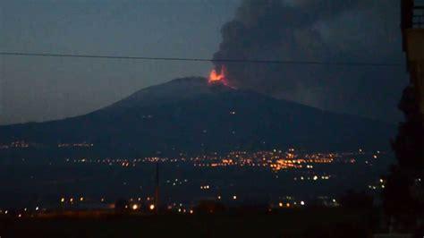 backyard volcano mt etna erupting volcano in my backyard youtube gogo papa