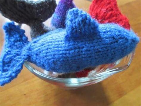 free dolphin knitting pattern knitting patterns galore blue dolphin