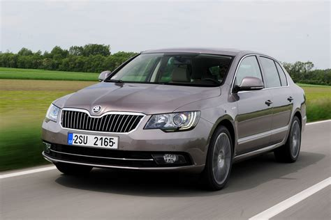 skoda superb 2 0 tdi 2013 review auto express