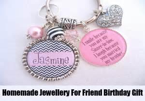 A Handmade Gift For A Best Friend - 6 best friend birthday gifts bash corner