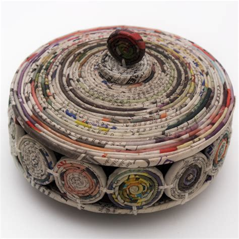 Paper Crafts Recycled Newspaper - how to make recycled paper gifts