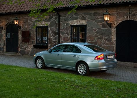 books about how cars work 2012 volvo s80 auto manual volvo recalls 2011 2013 s80 sedans over transmission software autoblog
