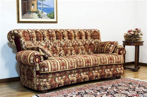 divani di lusso classici divano classico di lusso in tessuto damascato con capitonn 232