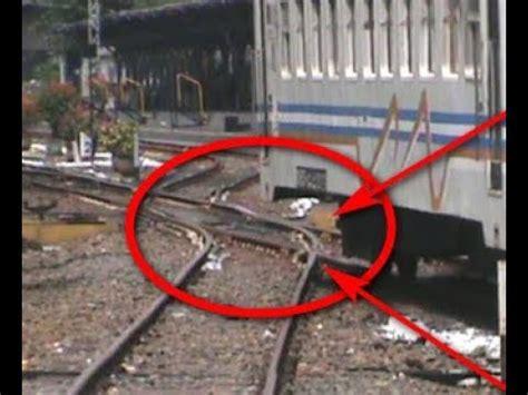 detik api detik detik kereta api pandanwangi ganti jalur di