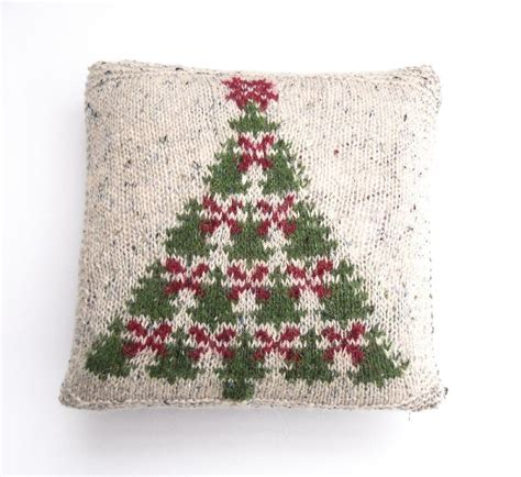 Christmas Tree Cushion Pattern | fair isle christmas tree charts cushion cover knitting