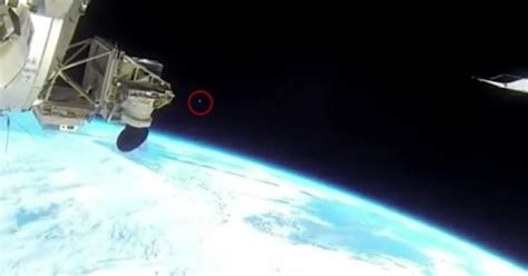 iss feed iss feed cut after strange object flies by