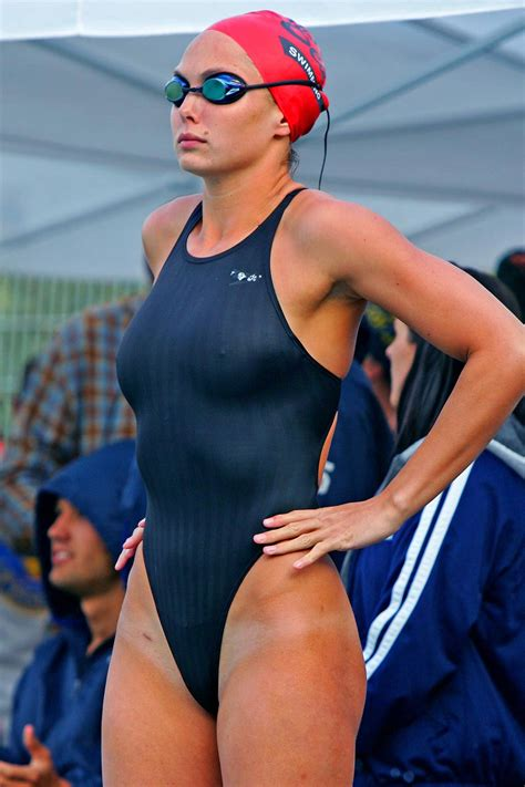 candid female swimmer hot college female swimmers swimming pinterest