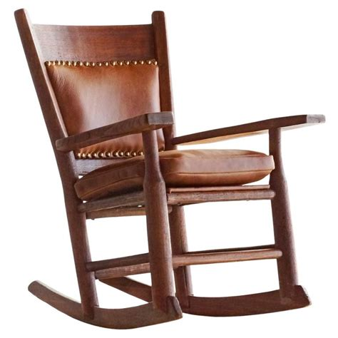 Vintage Child Rocking Chair by Antique Arts And Crafts Child S Rocking Chair At 1stdibs